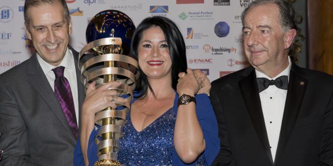 """Cindy López, franquiciada de Yves Rocher España, galardonada como """"Mejor Franquiciada del Mundo"""" en el Certamen """"Best Franchisee Of The World"""""""