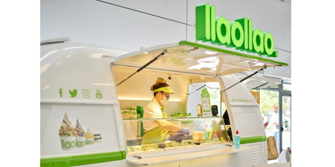 food truck by llaollao 14-10